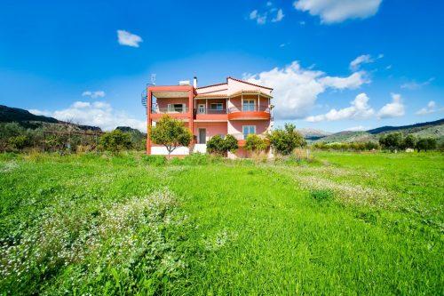 Leuk vakantiehuis Country Villa Astakos 2 in Griekenland