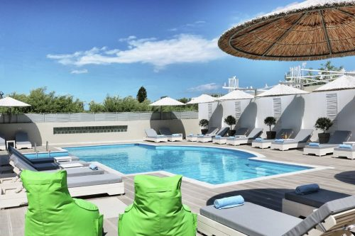 Leuk vakantiehuis Elounda Garden Ground Floor Family Suite in Griekenland
