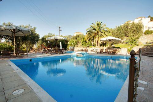 Leuk vakantiehuis Lassia Studio 13 Mit Poolblick in Griekenland