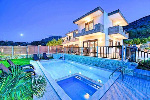 Leuk vakantiehuis Sunlight Maxima Villas With 2 Swimming Pools in Griekenland