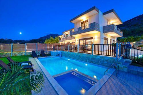 Leuk vakantiehuis Sunlight Villa With Sea View And Pool in Griekenland