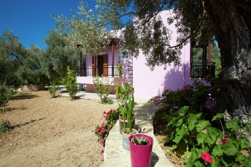 Leuk vakantiehuis Villa Athina in Griekenland