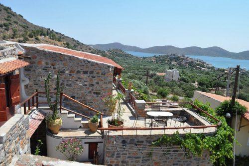 Leuk vakantiehuis Villa Cactus Elounda Traditional Art Suites in Griekenland