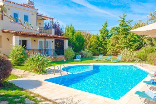 Leuk vakantiehuis Villa Dafni in Griekenland