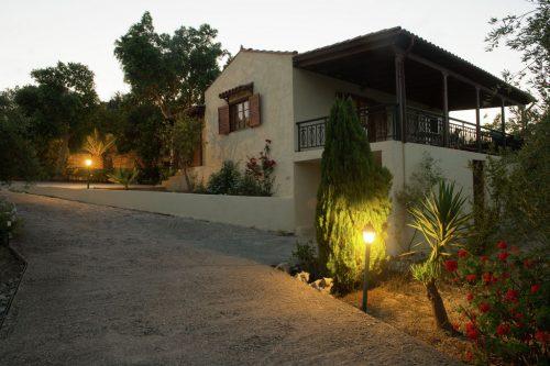 Leuk vakantiehuis Villa Eleni in Griekenland