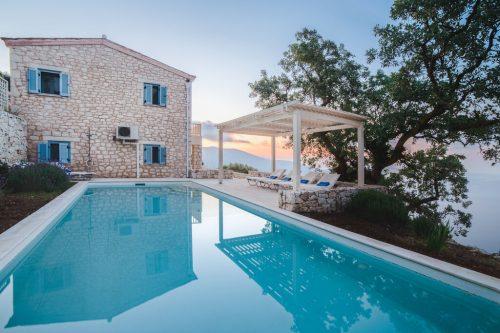 Leuk vakantiehuis Villa Iris in Griekenland