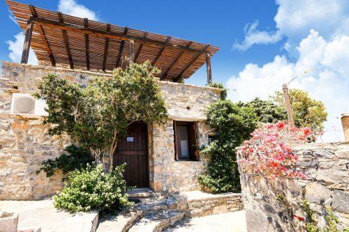 Leuk vakantiehuis Villa Jasemin Elounda Traditional Art Suites in Griekenland