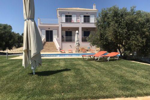 Leuk vakantiehuis Villa Kamaria in Griekenland