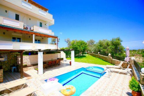 Leuk vakantiehuis Villa Kirianna in Griekenland