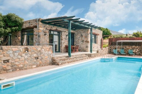 Leuk vakantiehuis Villa Livadia in Griekenland