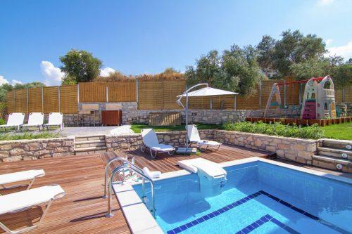 Leuk vakantiehuis Villa Mikhail L2 in Griekenland