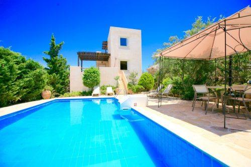Leuk vakantiehuis Villa Myrsini in Griekenland