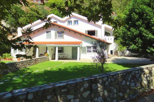 Leuk vakantiehuis Villa Nepheli in Griekenland